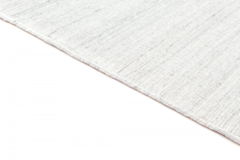 tapis de laine grikos blanc. Black Bedroom Furniture Sets. Home Design Ideas