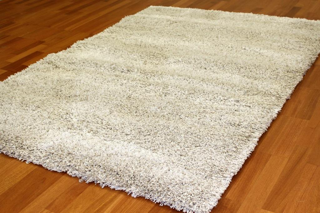tapis shaggy shaggy deluxe blanc. Black Bedroom Furniture Sets. Home Design Ideas